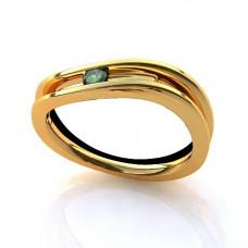 Кольцо из желтого золота с изумрудом..