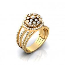 Экстравагантное кольцо из желтого золота с бриллиантами