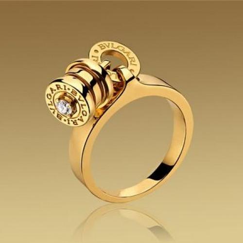 Кольцо Булгари с подвесом и бриллиантом из жёлтого золота 750 пробы