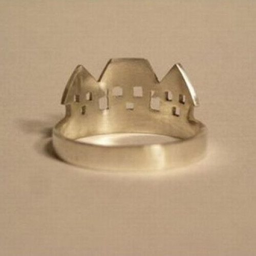 Кольцо из белого золота 'Домики'