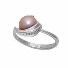 Кольцо из белого золота с жемчужиной и бриллиантами