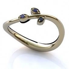 Кольцо из белого золота с сапфирами