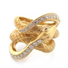 Кольцо из желтого золота с бриллиантами и рубинами..
