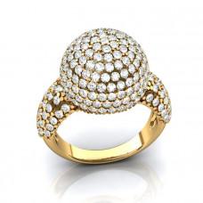 Кольцо из желтого золота с бриллиантами в форме шара