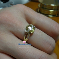 Кольцо из желтого золота с гелиодором и бриллиантами