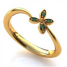 Кольцо из желтого золота с изумрудами..