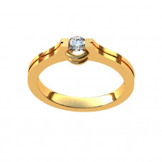 Кольцо из желтого золота с одним бриллиантом