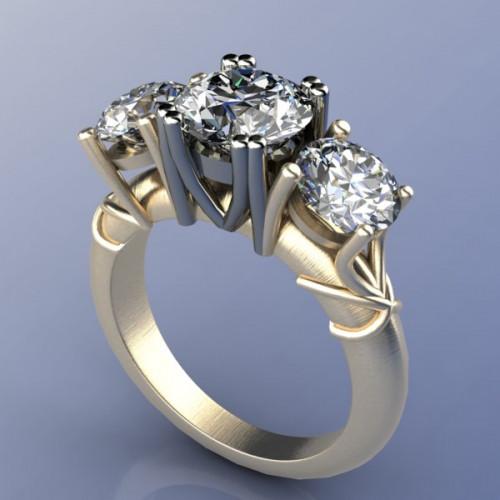 Кольцо из комбинированного золота с тремя крупными бриллиантами