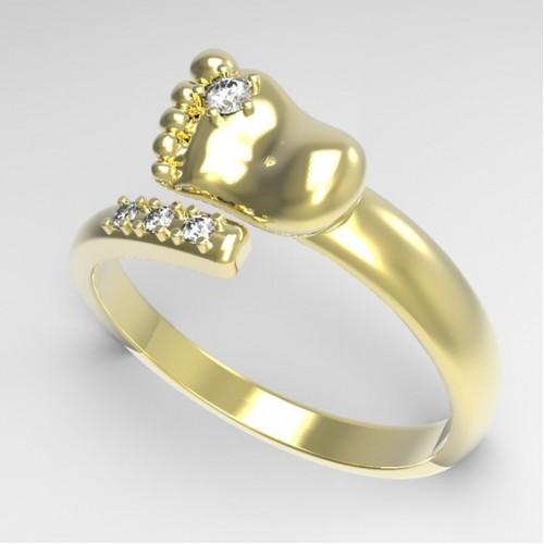 Кольцо 'Пяточка'  из желтого золота с бриллиантами