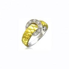 Кольцо 'Ремешок' из комбинированного золота с бриллиантами..