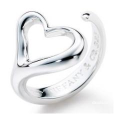 "Кольцо ""Сердце"" из белого золота"