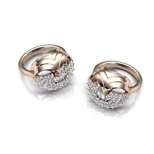 Крупное кольцо из белого золота с бриллиантами