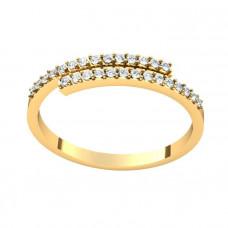 Миниатюрное кольцо из желтого золота с бриллиантами..