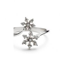 Помолвочное кольцо 'Две снежинки' из белого золота с бриллиантами..
