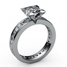 Помолвочное кольцо из белого золота с алмазом и бриллиантами