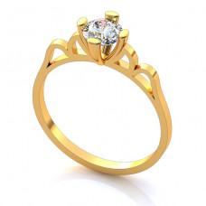 Помолвочное кольцо из желтого золота с бриллиантом..