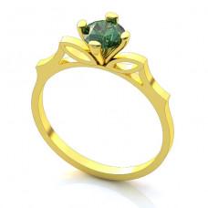 Помолвочное кольцо из желтого золота с изумрудом