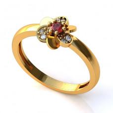 Помолвочное кольцо из желтого золота с рубином и бриллиантами
