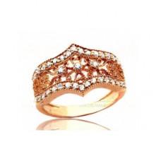 Помолвочное кольцо из красного золота с бриллиантами..