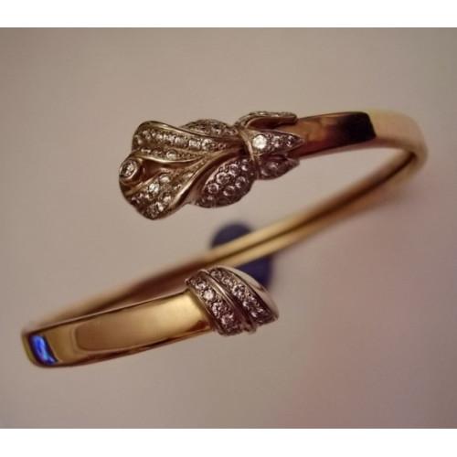 Помолвочное кольцо из красного золота с бриллиантами